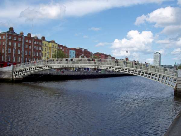 Ha\'penny Bridge